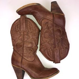 Very Volatile Denver Heeled Western Cowboy Boot